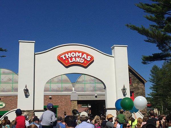 Thomas Land entrance