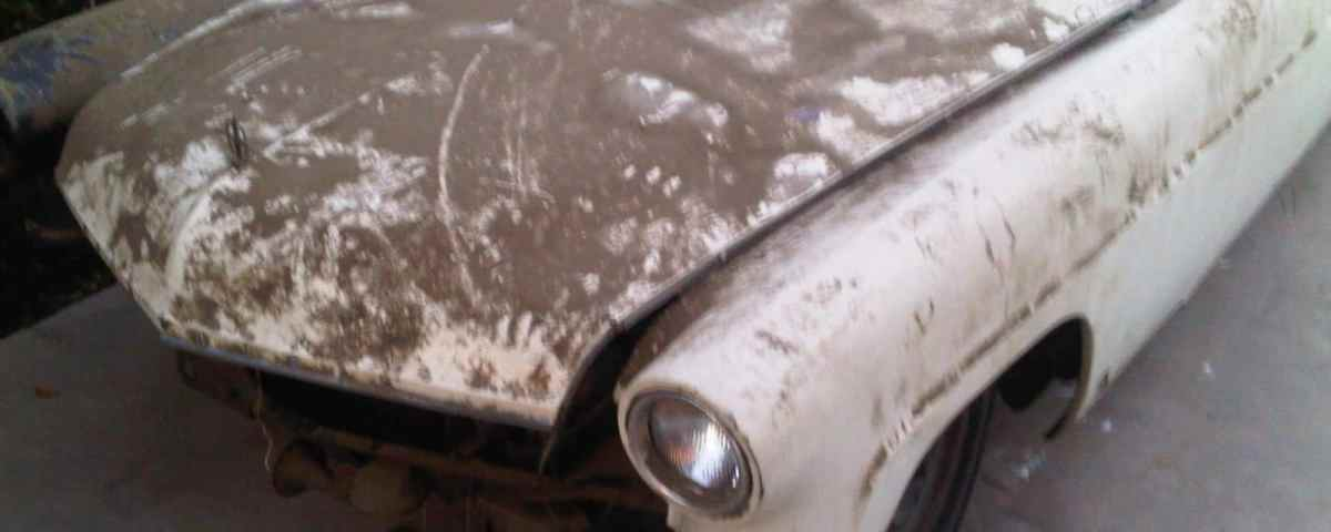 Old dusty Lincoln