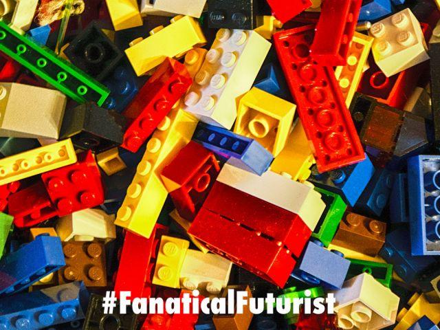 futurist_robot