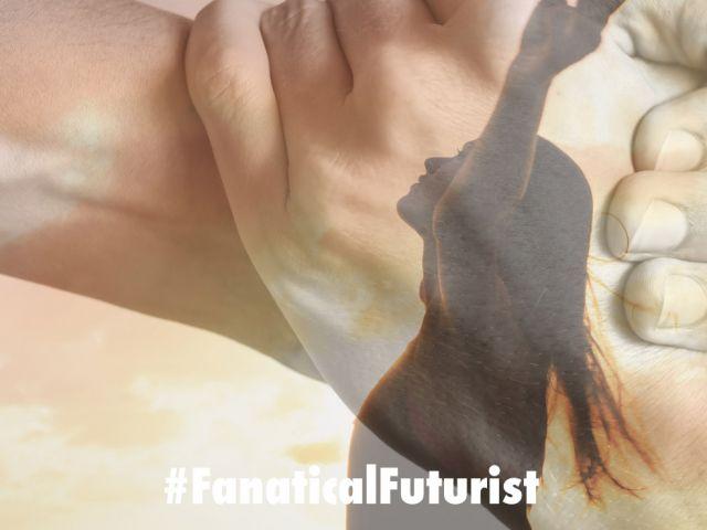 Futurist_smart_clothes