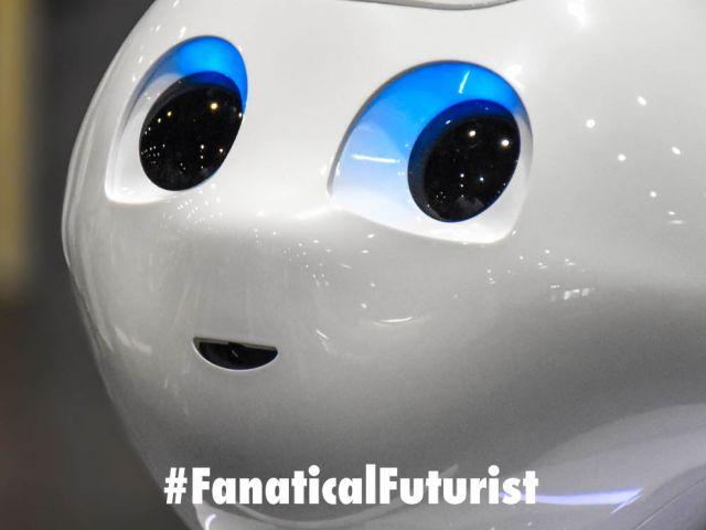 Futurist_pepperrobot