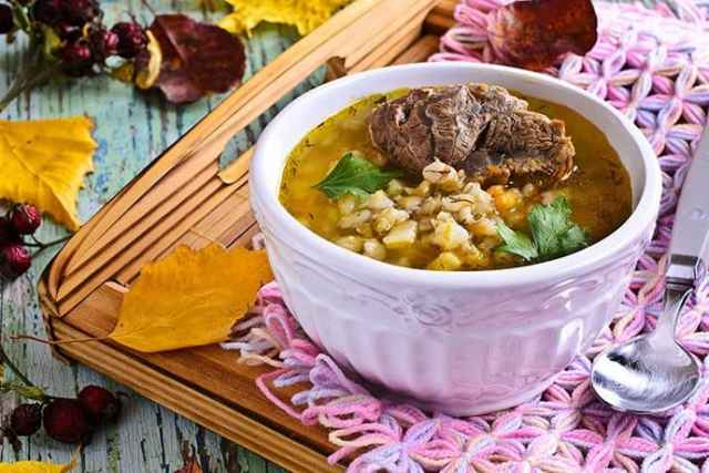 Hearty Slow Cook Beef Barley Soup