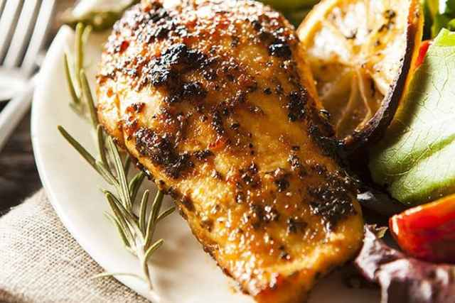 Easy Skillet Dinner: Lemon and Herb Chicken Breasts