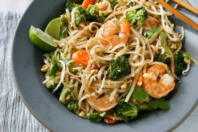 Home Cooked Pad Thai: a New Family Favorite