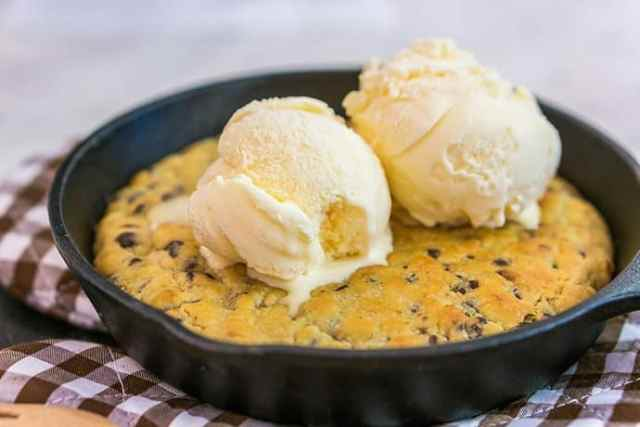 Easy and Delicious Treat: Dark Chocolate Chip Skillet Cookie