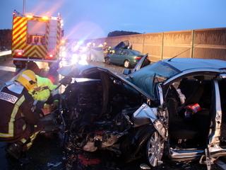 El vehicle amb el qual el conductor mort ha xocat frontalment. (Foto: ACN)