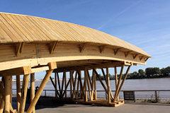 Passerelle en bois du festival de la culture Evento | 33-bordeaux.com