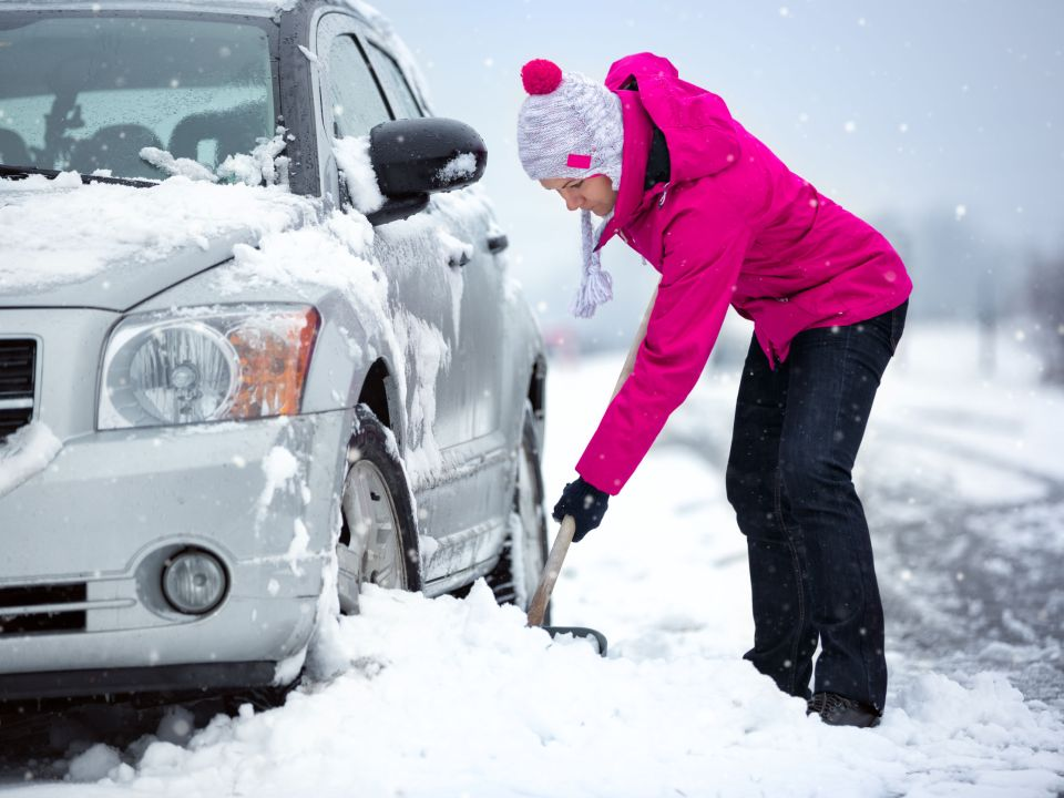 what to do if your car gets stuck in snow