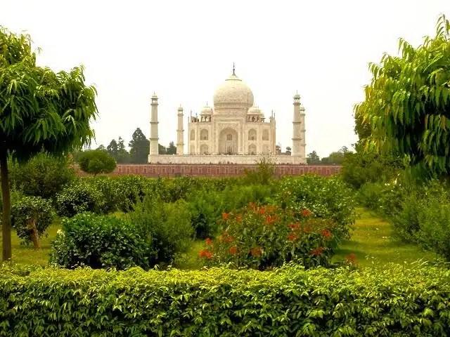 https://i0.wp.com/www.360meridianos.com/wp-content/uploads/2012/06/Vista-do-Taj-Mahal-%C3%8Dndia.jpg