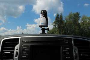 360Rize 360Penguin mounted on car dashboard