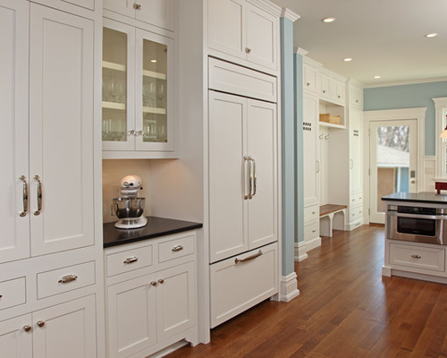 kitchen pulls painted tables can i use different knobs and in the same have it photo credit houzz