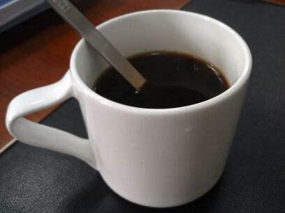 咖啡提神又健康。可長期喝速溶的咖啡。對身體健康影響是好是壞?-聞蜂網