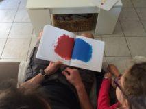 couleurs rouge et bleu Hervé Tullet