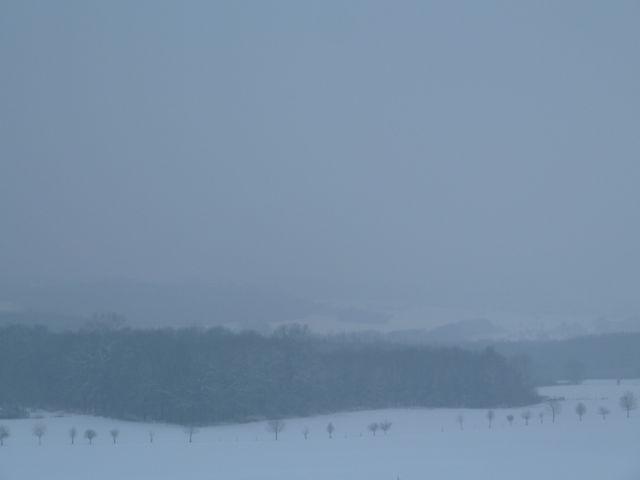 """Land ohne Horizont – wie eine Szenerie aus """"Das Missverständnis"""". Foto ©: akr"""