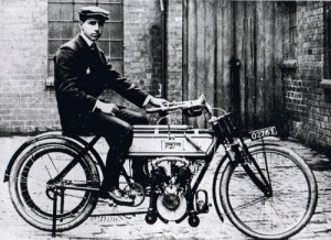 Rem Fowler on the Peugeot-engined Norton, winner of the 1907 twin-cylinder race