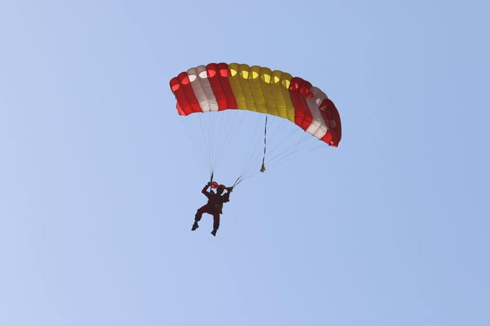 skydiving training