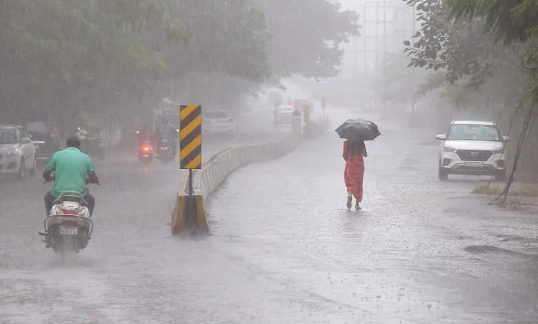 आने वाले पांच दिनों में मध्यम से भारी बारिश होने की संभावना