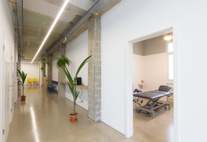 Physio - Physiothérapie La Chaux-de-Fonds - Rue du Grenier 24 - 36.9° Physiothérapie - Nathan Erard - Patrice Chapuis - Mavi Garcia - Alexandre Andermatt - Meghann Meyer