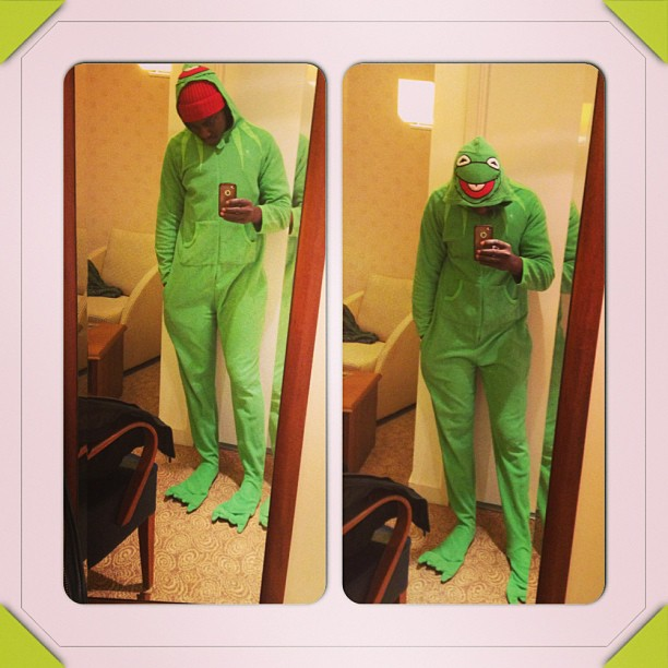 Soundsultan @Soundsultan Rocks Kermit Inspired One Piece Pajama, Balls with Olamide & Abdulala