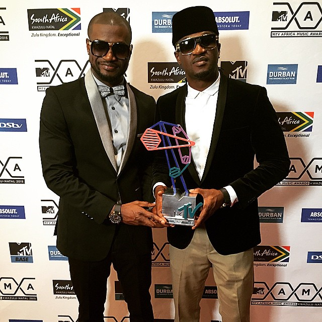 P-Square receiving MAMA awards in Durban