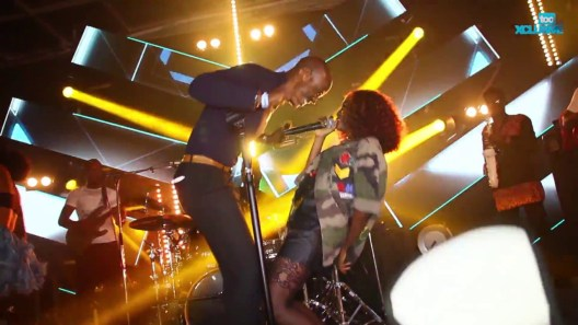 "Simi Drives Fans Crazy With ""joromi"" Performance At #simisolathealbum Launch"