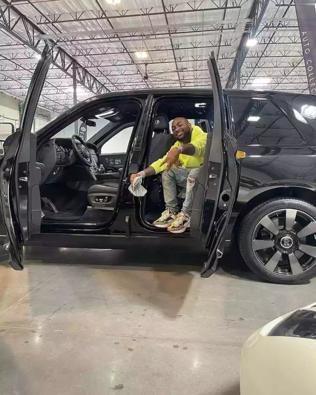 Davido Splashes N240m on Brand New 2021 Rolls Royce, Shares Photos Online 3