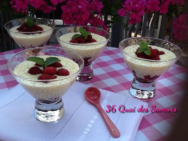 Crème dessert perlée au lait de coco et framboises
