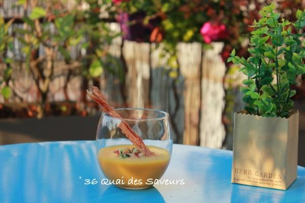 Gazpacho de melon et chips de jambon