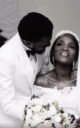 Actress Bukunmi Oluwasina Ties The Knot With Her Boyfriend of 11 Years (Photo+Video)