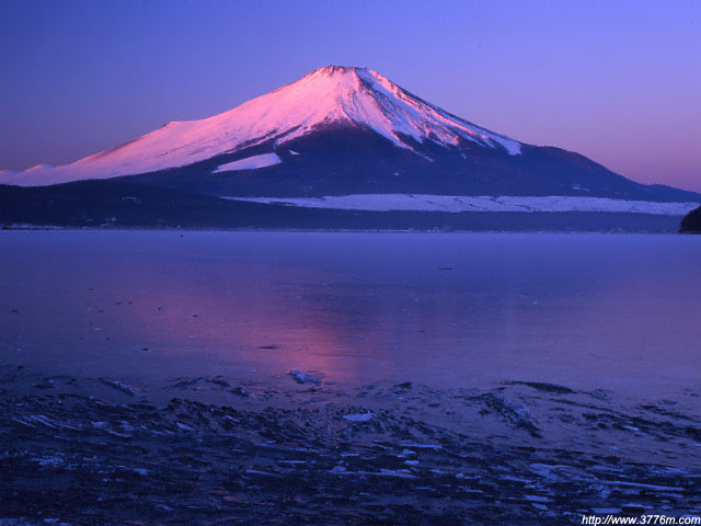 結氷の夜明け/山中湖