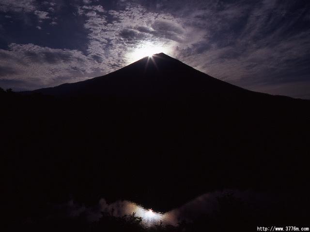 ダイヤモンド富士/朝霧霊園