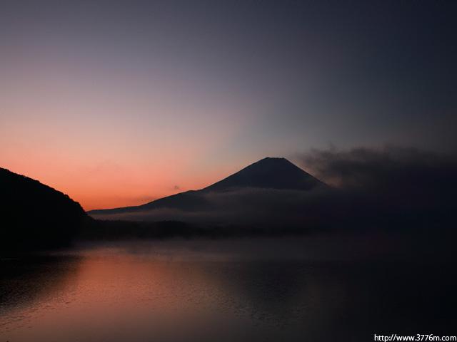 朝焼け/本栖湖