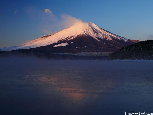 凍てつく朝/山中湖