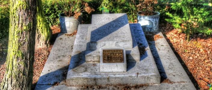 Monument of Louis Goetz