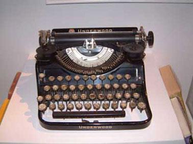 kerouactypewriter.jpg