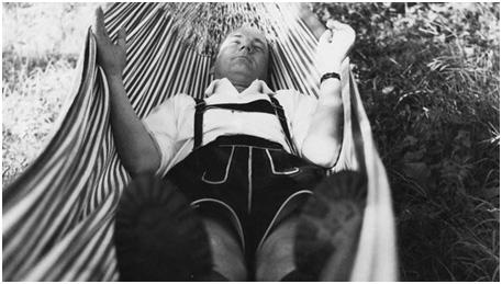 Thomas Bernhard in hammock