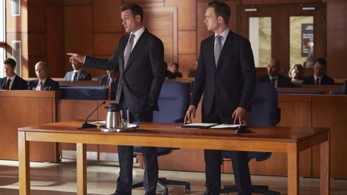 harvey-mike-gabriel-macht-patrick-j-adams-suits-season-5.jpg