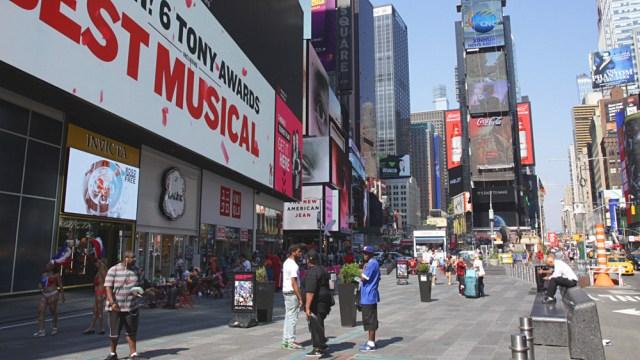 broadway-times-square-new-york.jpg