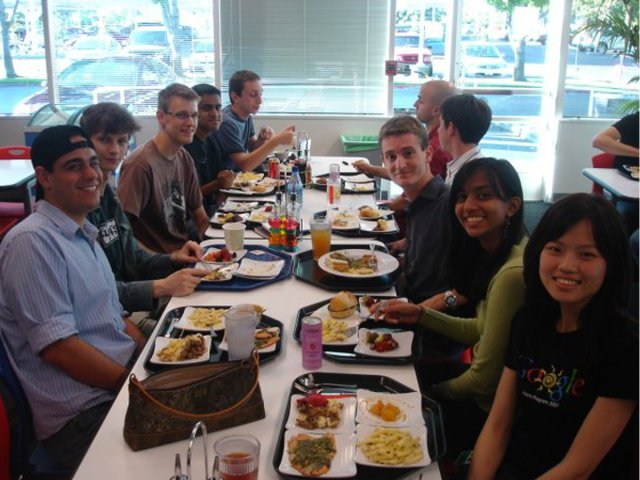 google-was-the-first-big-tech-company-to-offer-free-meals-to-employees.jpg