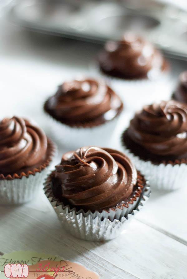 triplechocolatecupcakes7 (1 of 1)