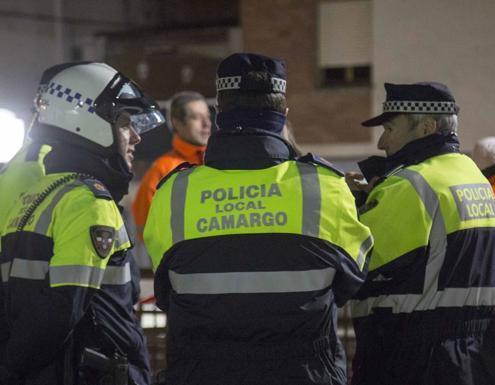 Un total de 102 personas optan a 5 plazas Policia Local Camargo