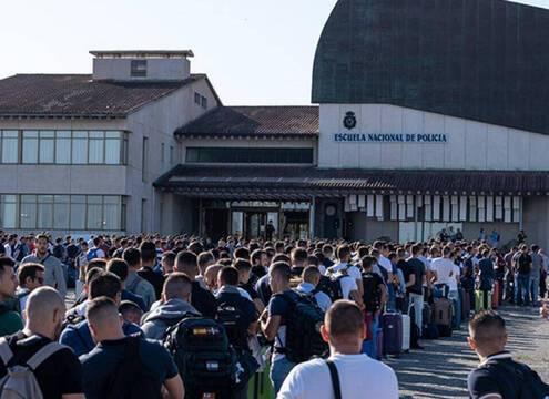 Vuelven los alumnos a la academia Policia Nacional para finalizar el curso