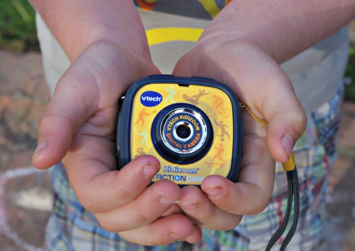 cameras for kids, kids go pro, active cameras, waterproof camera