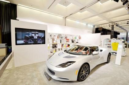 Lotus LA Auto 2011 (7)