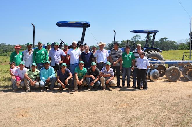 O curso foi concluído no ramal do 52 com a presença do prefeito Everaldo Gomes, secretário de Agricultura e convidados