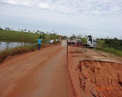 Cratera já foi protagonista em outros acidentes – Foto: Arquivo