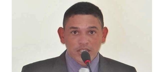 Vereador Jerry Correia exerce seu primeiro mandato de vereador e forma o bloco de oposição no município
