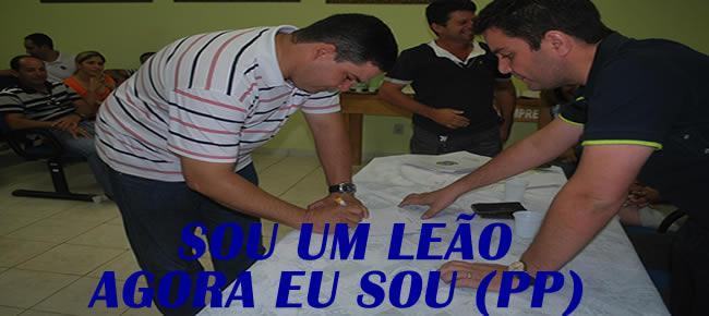 EMERSON LEÃO-FOTO-ALEMÃO MONTEIRO