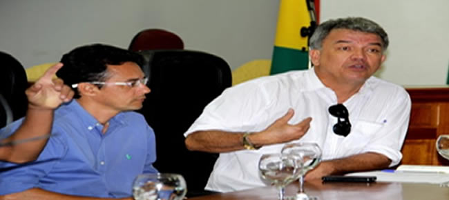 Senador Sérgio Petecão durante visita à Câmara de Feijó Foto: Assessoria