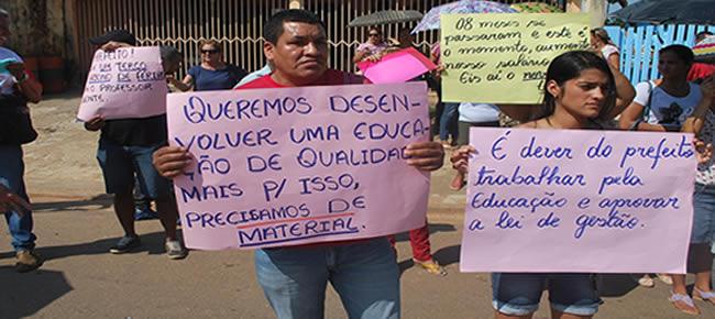 O prefeito André Hassem atiçou a ira dos educadores alega que não tem como dar aumento mais superlota as escolar de funcionário provisórios -FOTO-ALEMÃO
